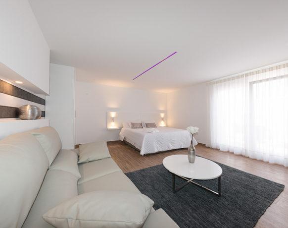 casa-algezar-bed-and-breakfast-guestroom-mango-02