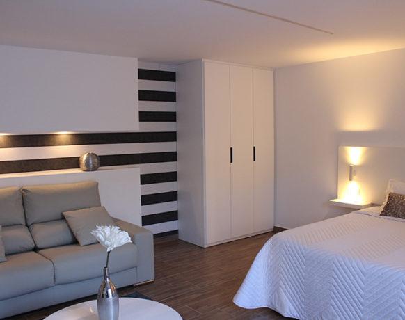 casa-algezar-bed-and-breakfast-guestroom-mango-15
