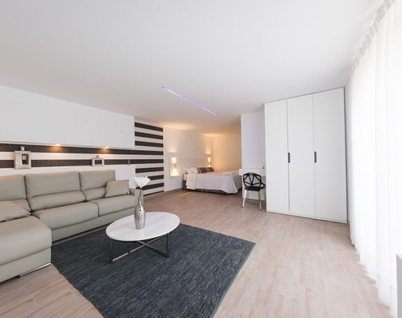 casa-algezar-bed-and-breakfast-guestroom-pina-05