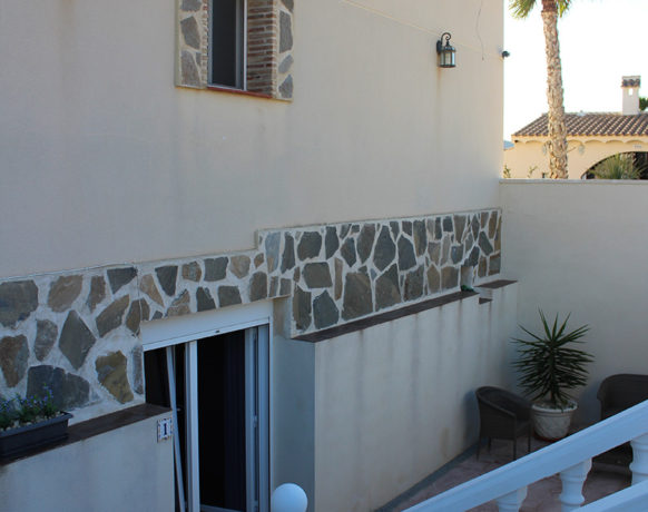 casa-algezar-bed-and-breakfast-guestroom-pina-06