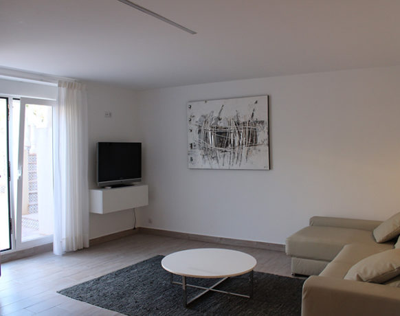 casa-algezar-bed-and-breakfast-guestroom-pina-07