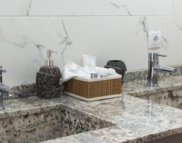 casa-algezar-bed-and-breakfast-guestroom-pina-16