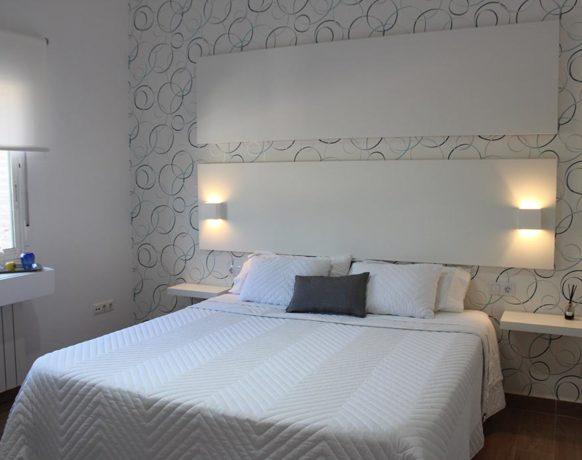 casa-algezar-bed-and-breakfast-la-canalosa-guestroom-fresa-02