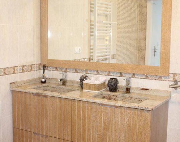 casa-algezar-bed-and-breakfast-la-canalosa-guestroom-fresa-04