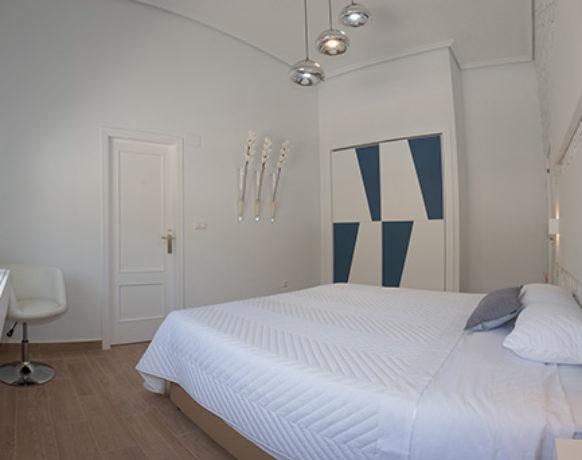 casa-algezar-bed-and-breakfast-la-canalosa-guestroom-higo-02