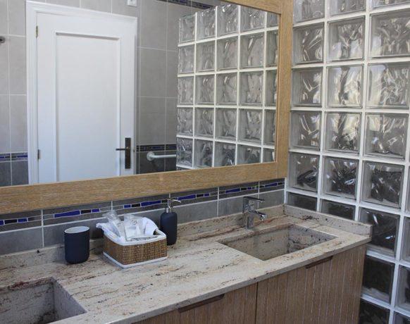 casa-algezar-bed-and-breakfast-la-canalosa-guestroom-higo-06