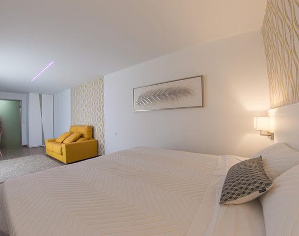 casa-algezar-bed-and-breakfast-la-canalosa-guestroom-nispero-05