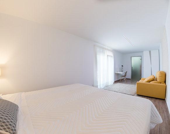 casa-algezar-bed-and-breakfast-la-canalosa-guestroom-nispero-06
